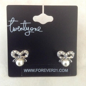 New Bow Rhinestone Pearl Earrings